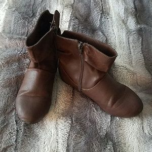 Other - Girls ankle boots size 2